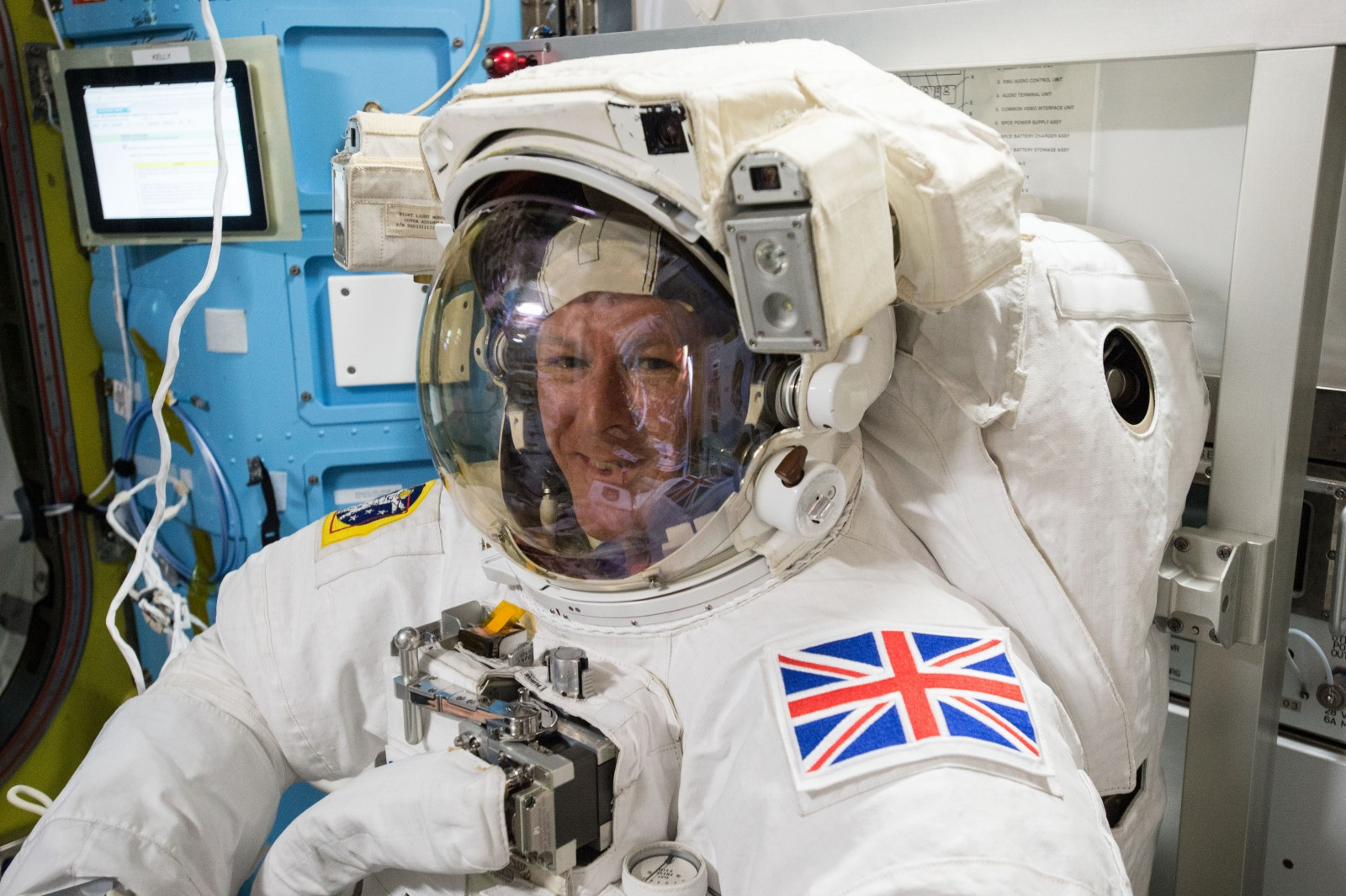 iss-46_timothy_peake_during_spacesuit_fit_check_in_the_quest_airlock_2